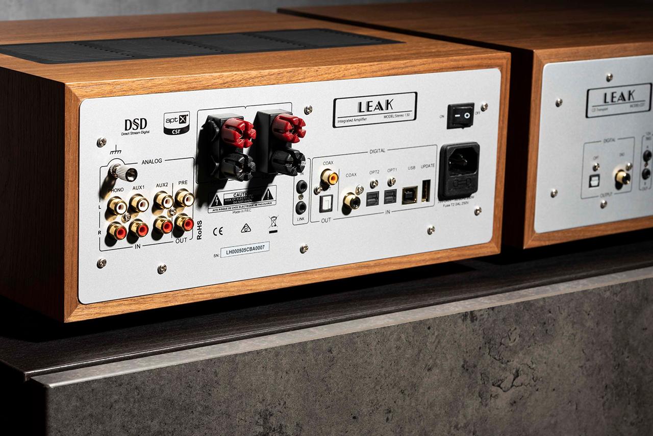 Leak Stereo 130 Vollverstärker Walnuss
