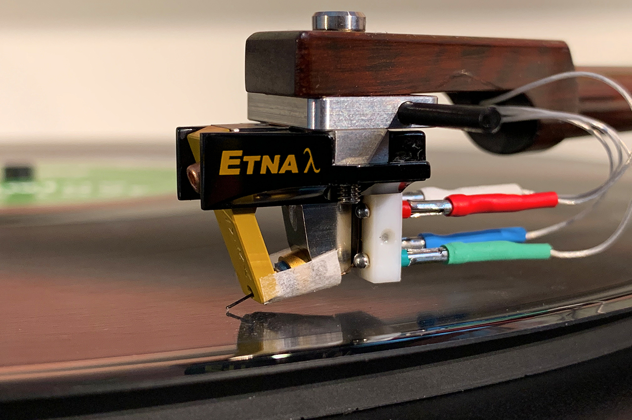 Lyra Etna Lambda Tonabnehmer mit Headshell